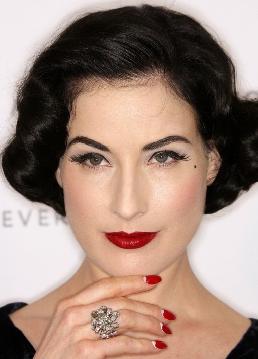 dita-von-teese-a-diamond-is-forever-01
