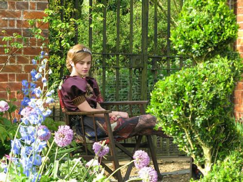 Emma-Watson-Teen-Vogue-August-12