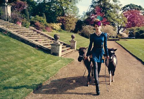 Emma-Watson-Teen-Vogue-August-2