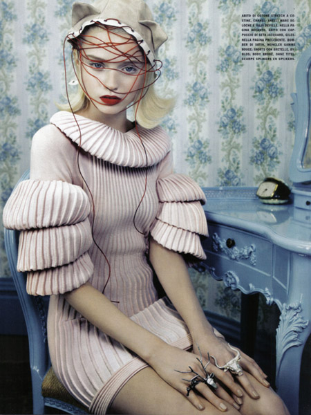 NEO-Romantic- Imogen Morris Clarke and Abbey-Lee Kershaw in Vogue Italy June 20093