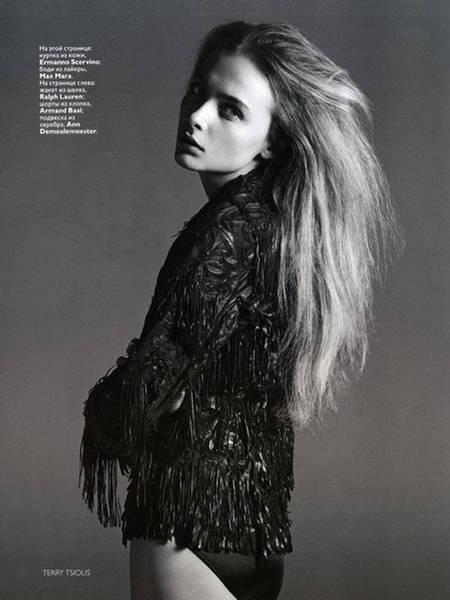 Snejana-Onopka-Vogue-Russia-July-4