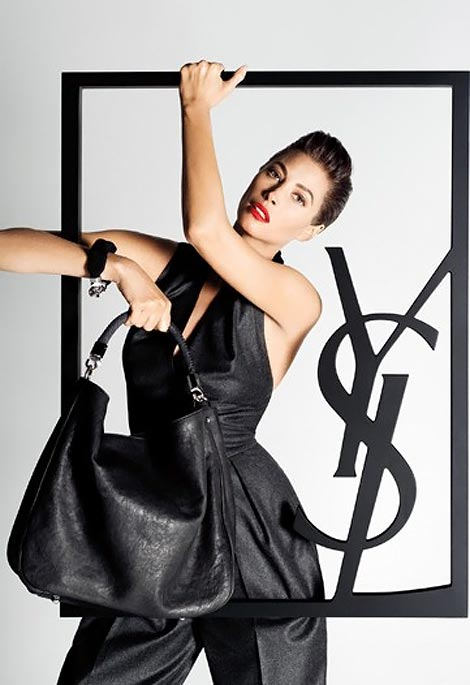 christy-turlington-ysl-fall-winter-2009-ad